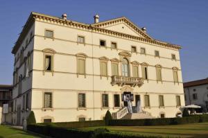 villa vecelli cavriani & luci e ombre